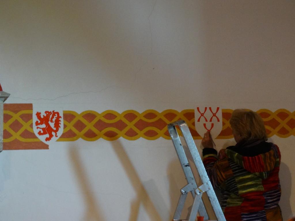 Hetty schildert het wapen van Lodewijk van Montfoort